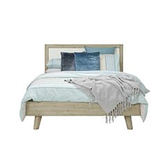 The Avenue Queen Bed Rental with accessories